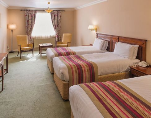 Londonderry Arms Hotel 4