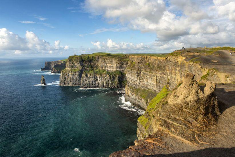 Cliffs Of Moher Walking Break  Sheedys Hotel Restaurant